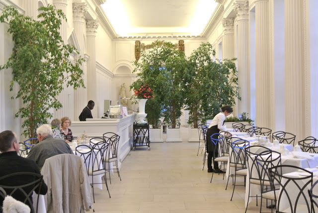 the_orangery_at_kensington_palace_london.JPG
