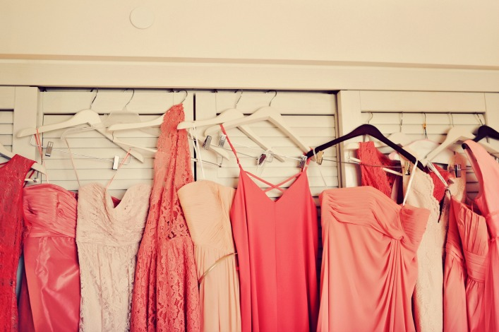 ombre_bridesmaids_dresses_coral_bridesmaid_dresses_tamiz_photography