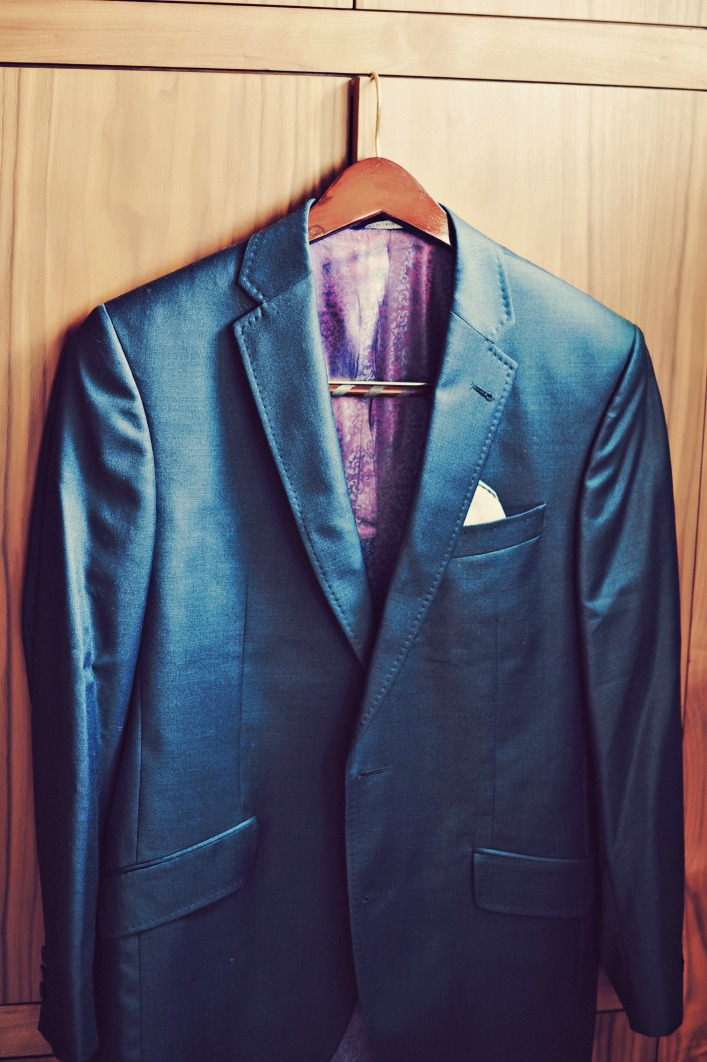 ted_baker_grooms_suit_tamiz_photography