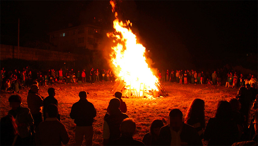 Campfire image.jpg