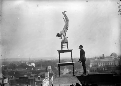1920s-building-chair-roof-stunt-Favim.com-171018.jpg