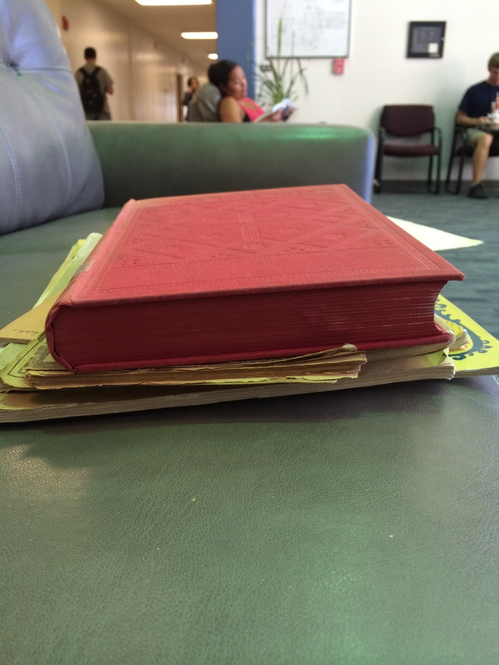 Even the paper edge is red.