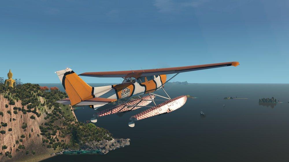 Cessna_172SP_seaplane_72.jpg