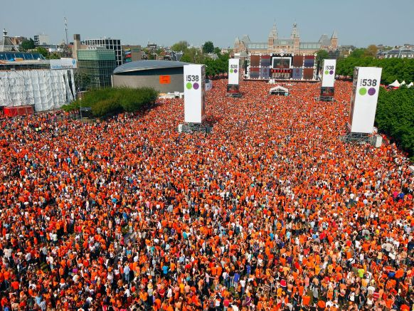 Amsterdam on King's Day (from www.scanblatexperience.com)