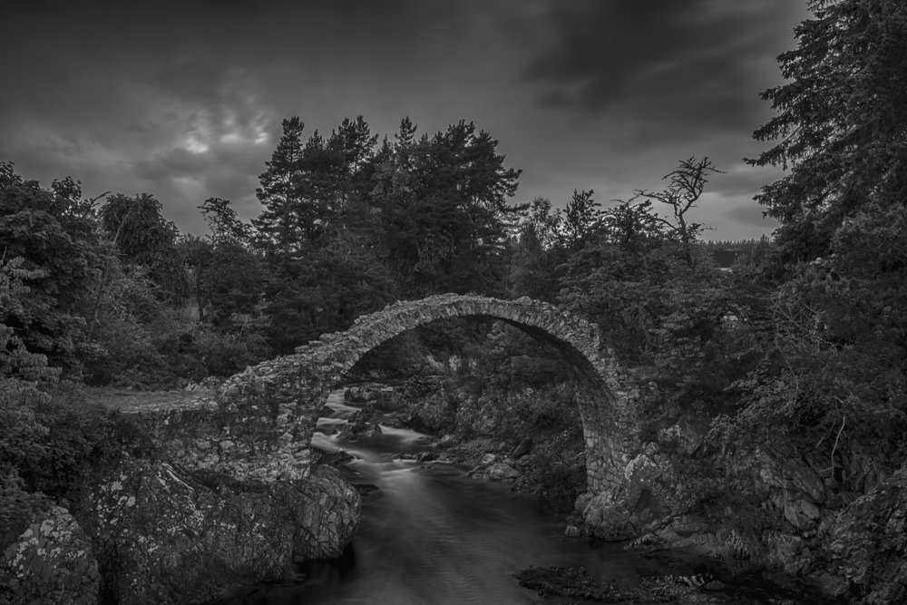 Black and white shot of the Packhorse Bridge