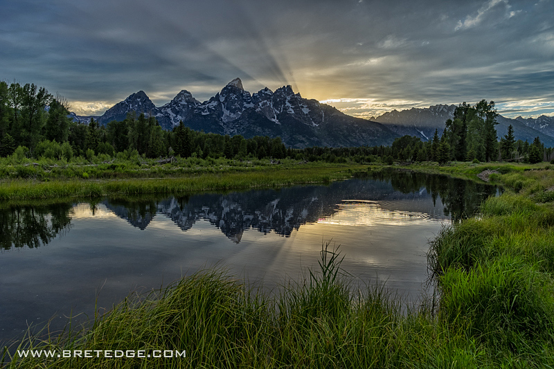 Crepuscular Rays Above the Teton Range at Schwabacher Landing, W