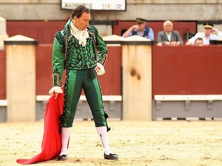 chaqueta-traje-torero-bordado-pepin-liria.jpg