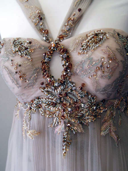 vestido-bordado-pedrería-carmen-maria-mayz-vestido-fiesta-vestido-boda.jpg