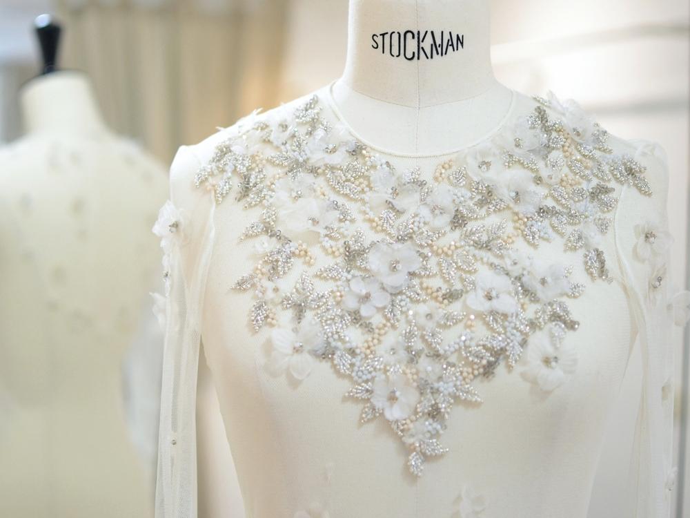 vestido-fiesta-bordado-flores-vestido-novia-madrid-carmen-maria-mayz.jpg