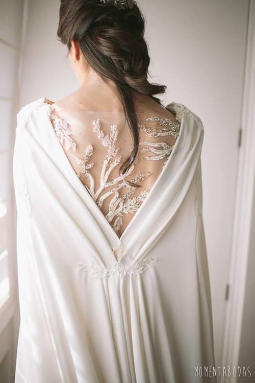 vestido-novia-espalda-bordada-vestido-boda-bordado-pedrería-aplicaciones-vestido-novia.jpg