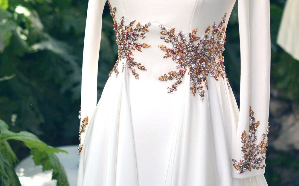 vestido-novia-espalda-bordada-vestido-boda-bordado-pedrería-aplicaciones-vestido-novia-bordado.jpeg