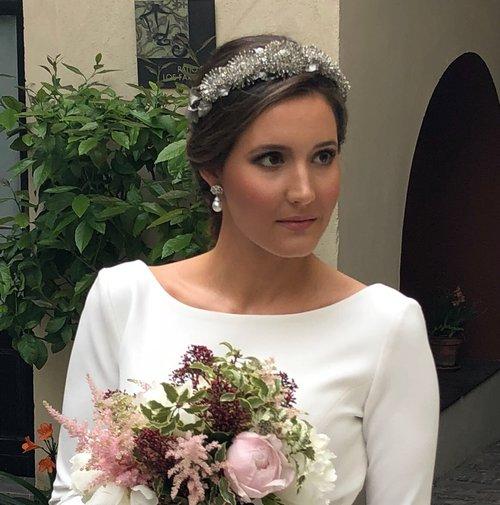 novias con tocado — carmen maría mayz