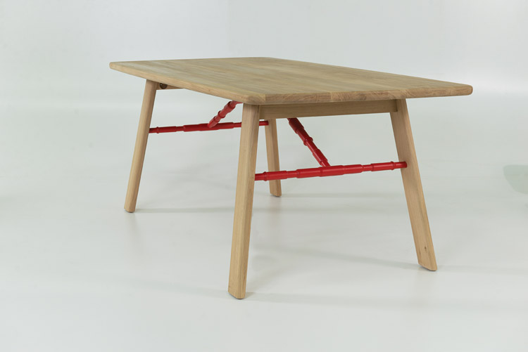 Affoltern Dining Table in red