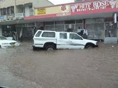 Downtown Blantyre (Haile Selassie Avenue) right after a heavy rain (photo via What's App).