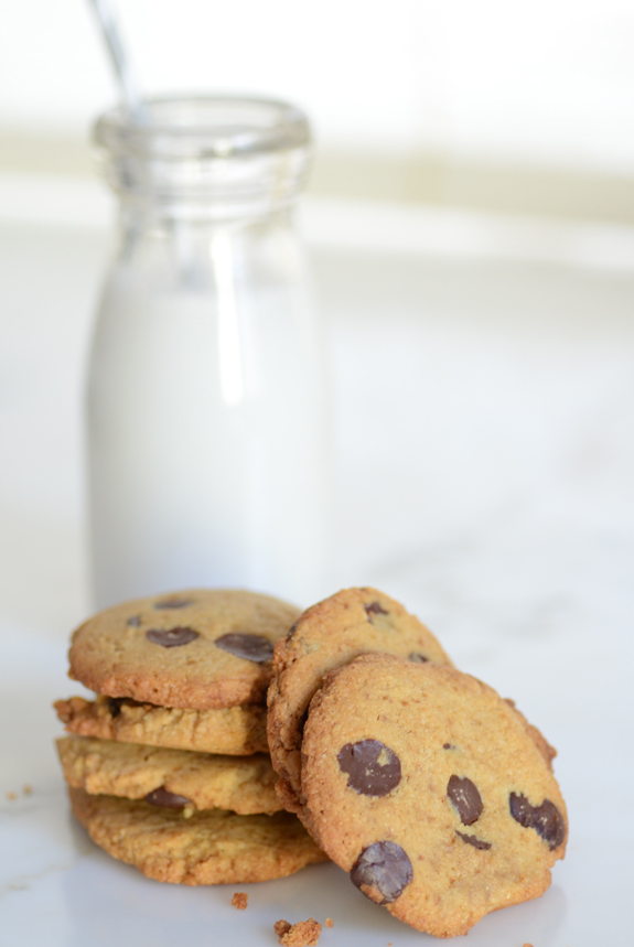 Crispy-Chocolate-Chip-Cookies-6395.jpg