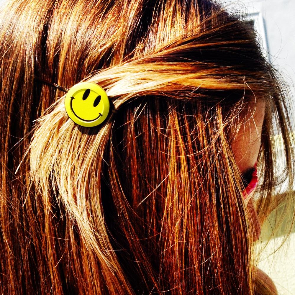 Smiley Face Hair Pin