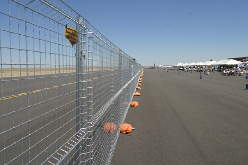 airshow_fence_-_web.jpg