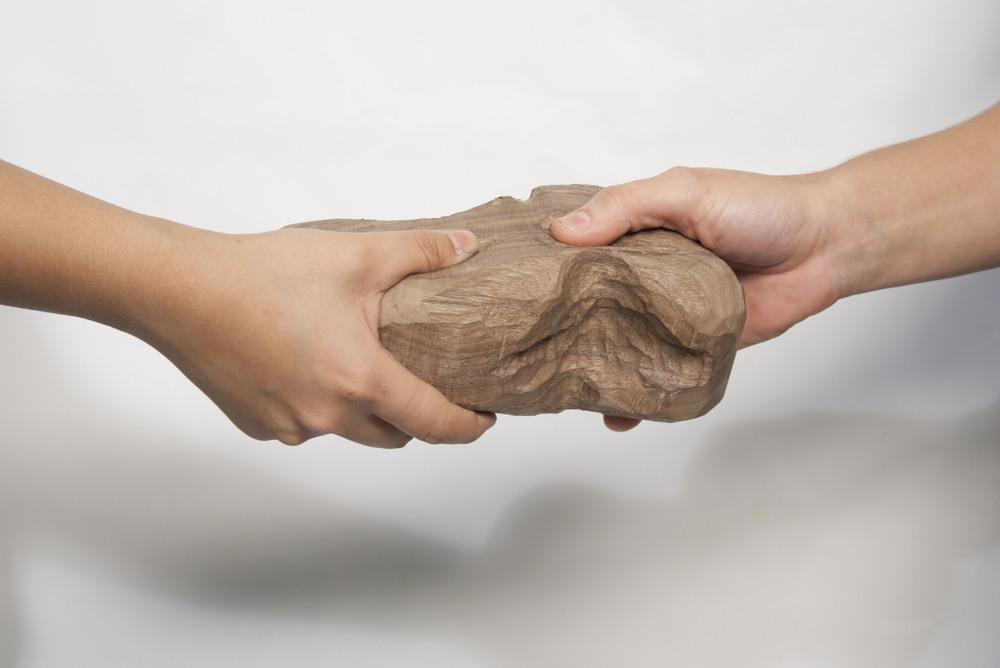 Winnie Yoe Wing Yee, Lets Shake Hands.