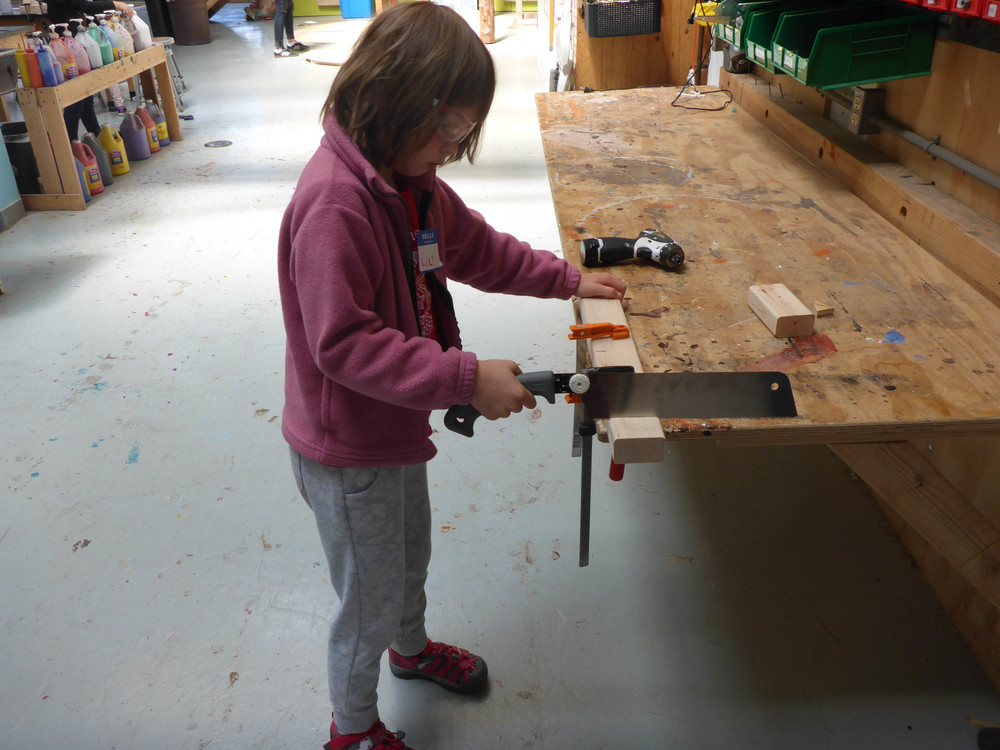 Lilli found a way to cut a piece she needed without using the loud chopsaw.