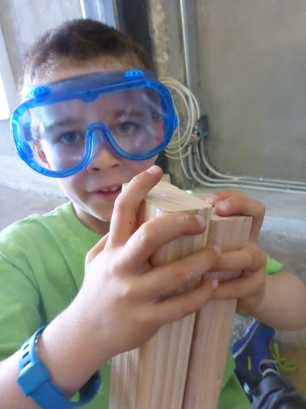 Max shows how two pieces of wood selected to be even don't appear to be flush.