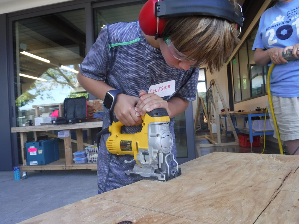Some students also learned to use the jig saw for cutting through plywood.