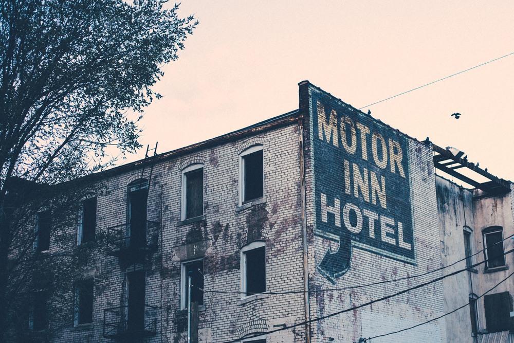 Motor Inn Hotel.jpg