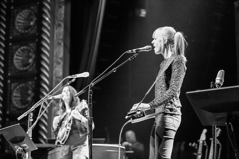 Larkin Poe - Pitch - 1.jpg