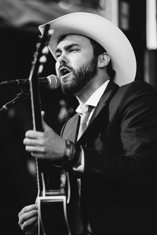 Shakey Graves - 7 - Loufest - Pitch.jpg