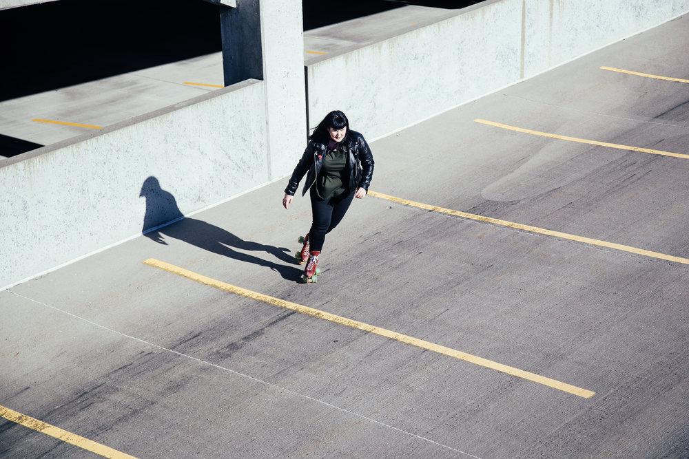 Leea Lee - roller skates - 7.jpg
