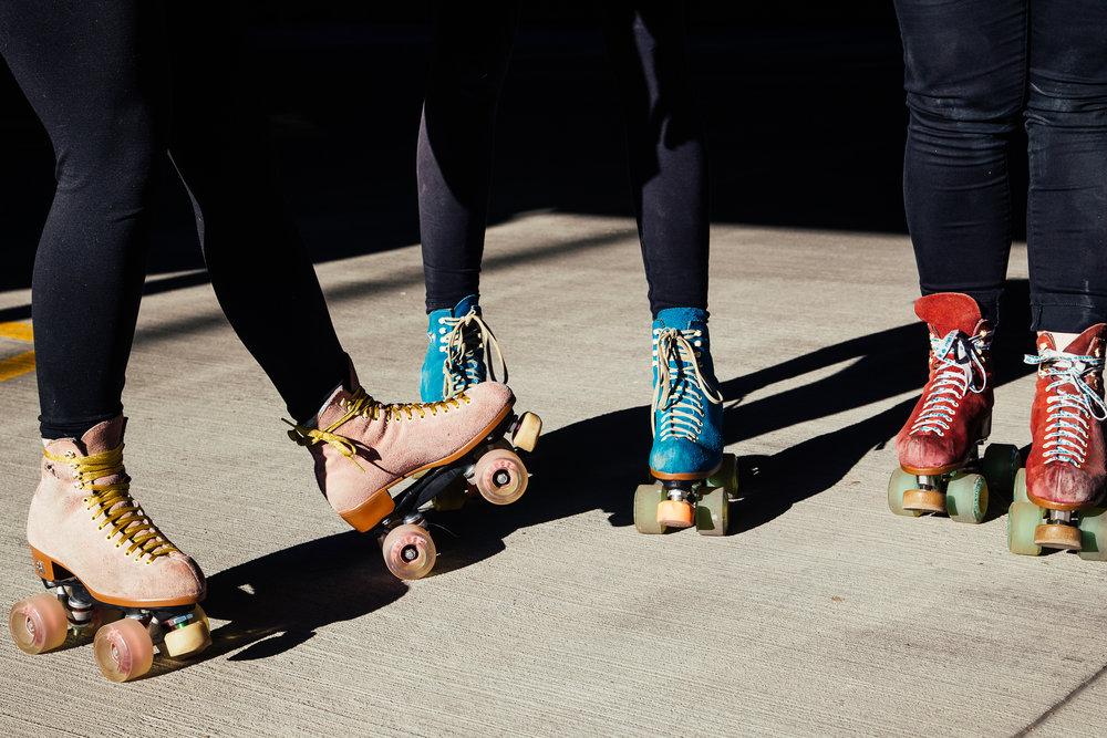 Leea Lee - roller skates - 1.jpg