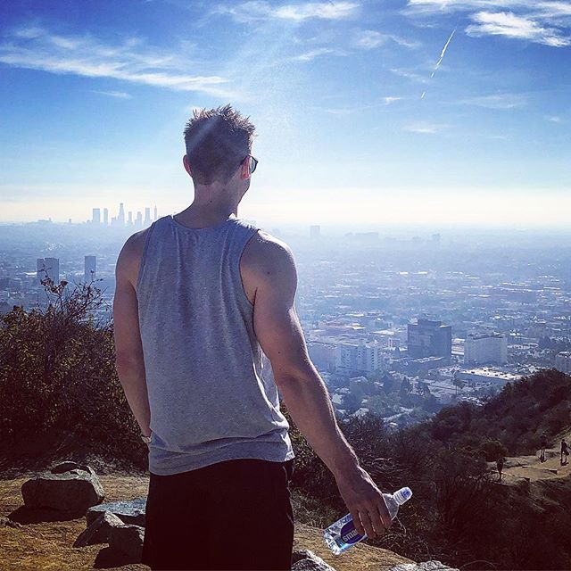 This weekend I was at one of my favourite spots on Earth... Runyon Canyon. Every time I run up there, there's that huge satisfaction of reaching the top, catching your breath and looking out over Los Angeles. I've been to this spot so many times over the years with various trips, and I can remember where I was at in life each time whilst thoughtfully looking out at the view. With that perspective I can honestly say I've grown so much more than I could have hoped for, especially this year. 🙌🏼