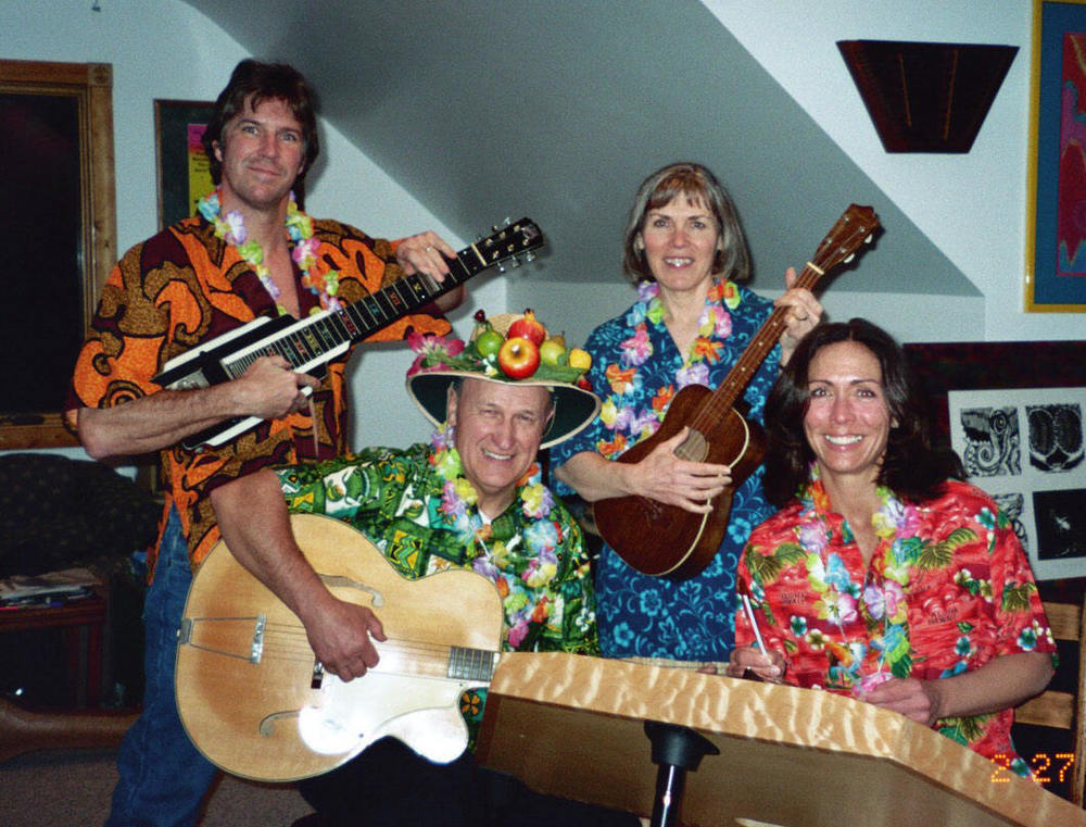 hawaiian band.jpg