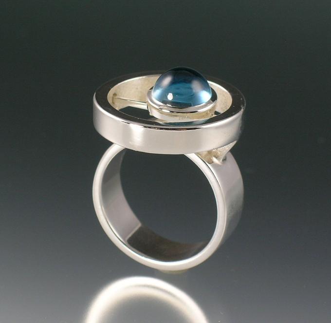 Round Glider Ring