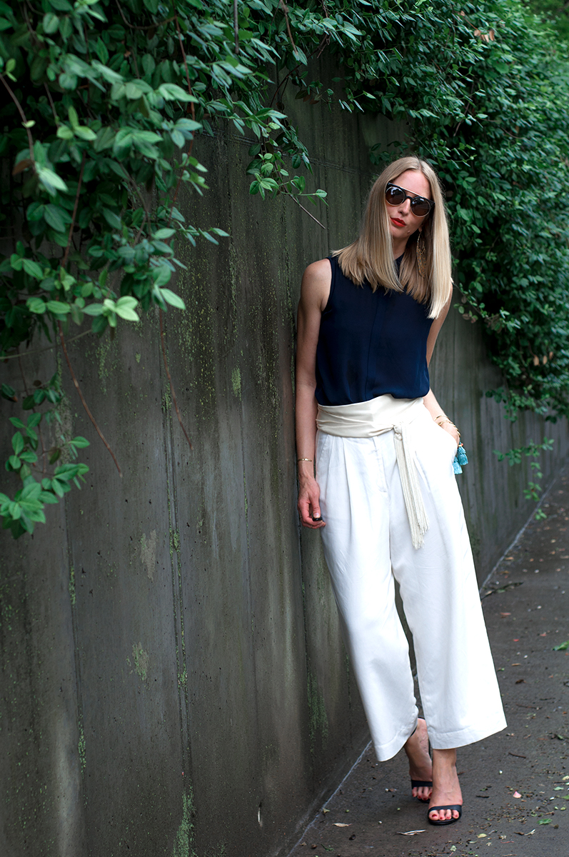 Ann Taylor LOFT White Cropped Wide Leg Pants