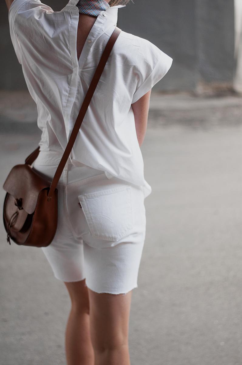 Levis White Bermuda Shorts