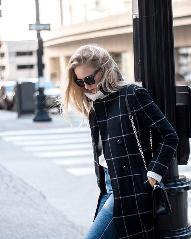 Is everyone as excited as me to break out the coats!?! Loving my latest score from @dezzal_online. Full blog post is live at FF!  http://liketk.it/2pnEH @liketoknow.it #liketkit #dezzal #dezzalonline #fallcoats #windowpane #streetstyle #inspiredbyinstyle