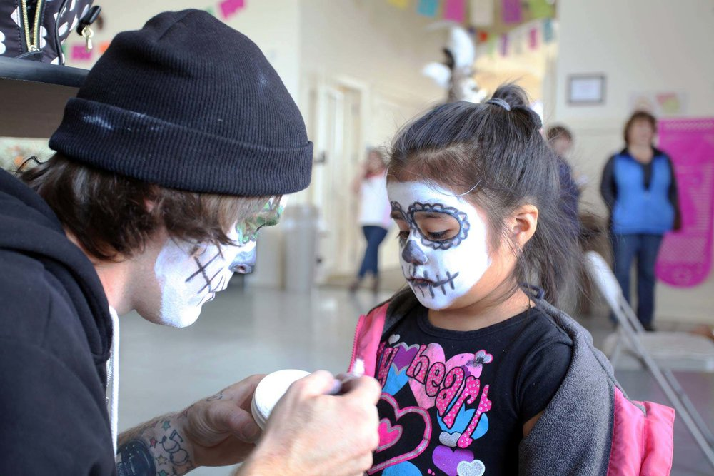 Astoria celebrates Día de los Muertos with face painting and more.