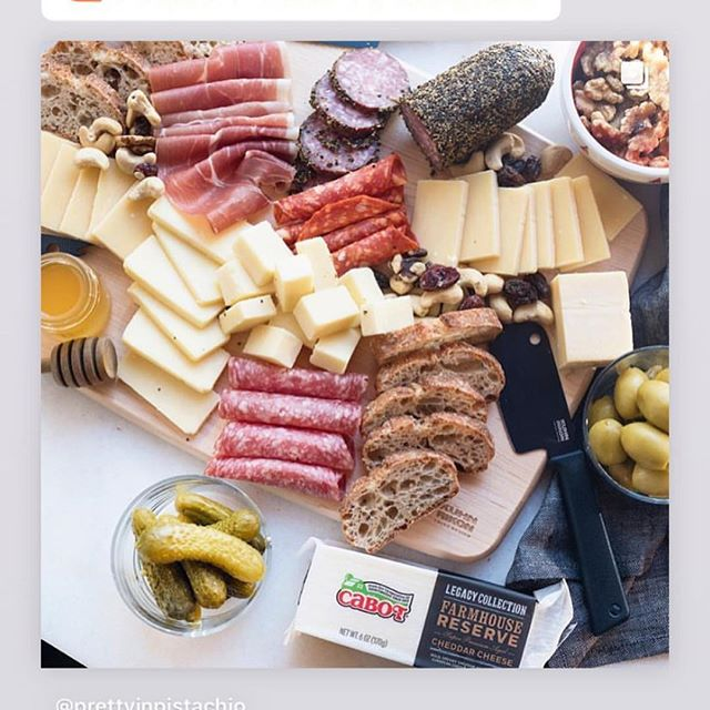 There's only one more day to enter @prettyinpistachio's giveaway with @kuhnrikonofficial and @cabotcheese! Head to her page to enter! Giveaway ends Thursday 12/13.