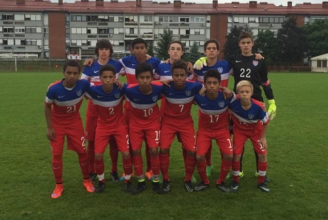Defreitas-Hansen with the U14s, top right