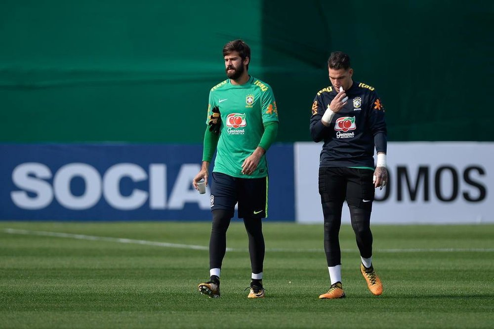 alisson_ederson_brazil_training_world_cup_russia_selection.jpg