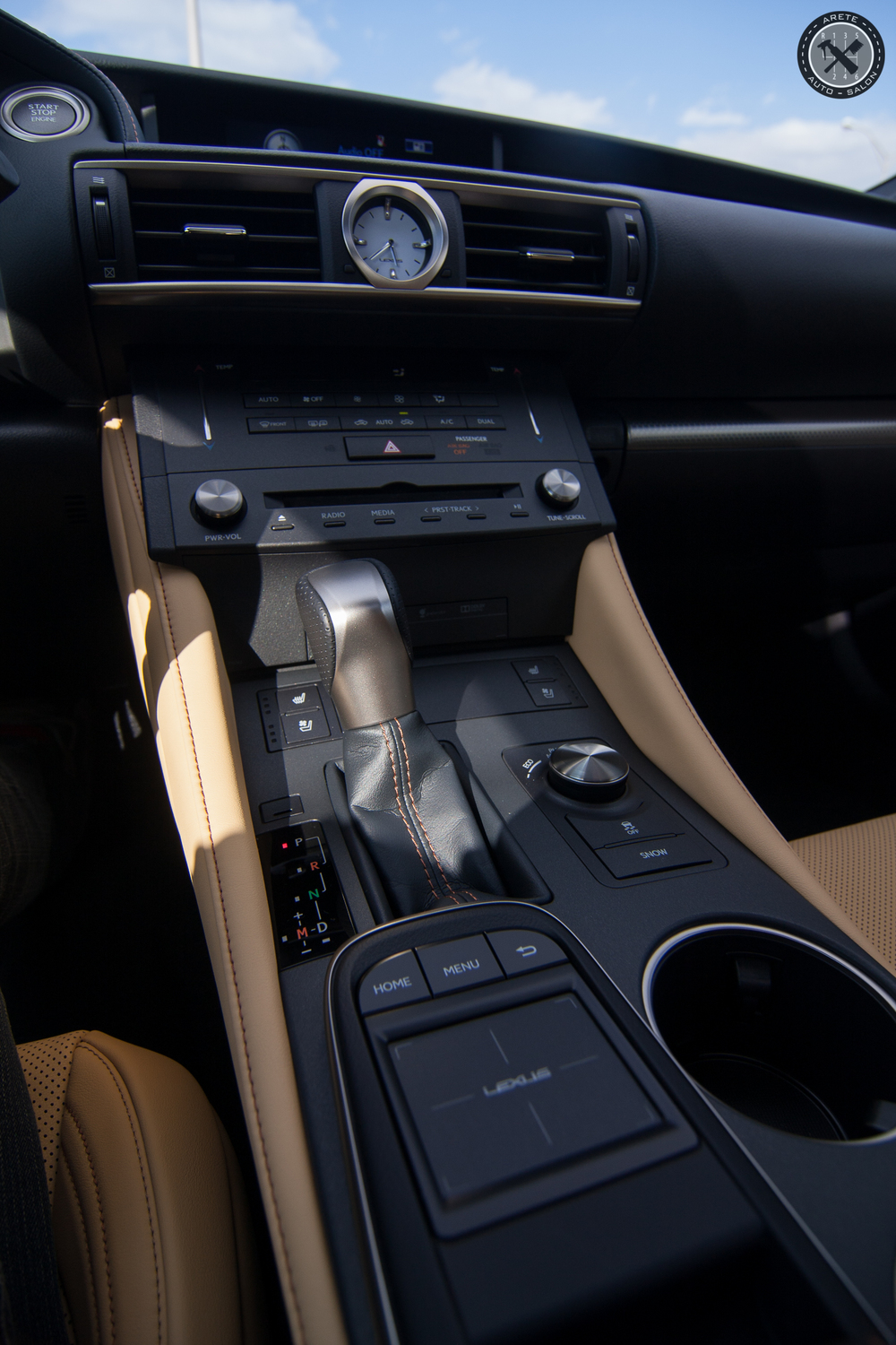 012_Finisher_Interior.jpg
