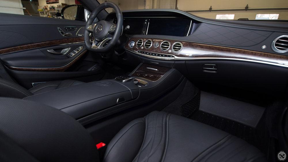 CQF_AMG_022 interior_.jpg