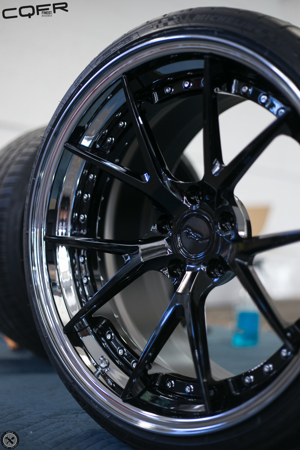 M3's are notorious for producing brake dust, now that the complete wheel is covered in Finest Reserve, cleaing and maintaing the wheels will be a breeze.