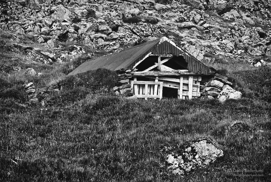 Abandoned hillside hut near Stokksnes.