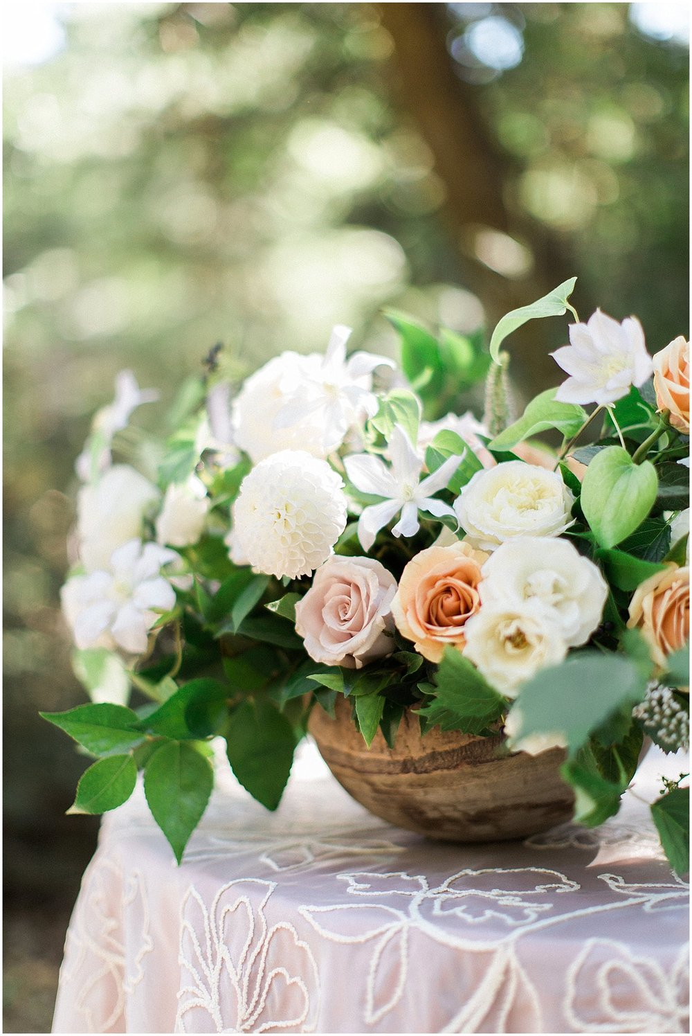 Lush Garden Rose Centerpiece by Modern Bouquet featured on Style Me Pretty | Phoenix Wedding Planner | Megan Dileen Events
