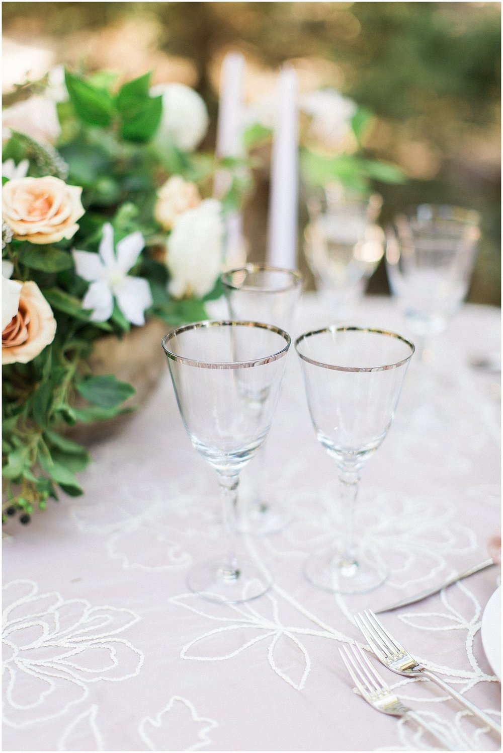 Elegant Silver Rimmed Glasses & La Tavola Peony Linen featured on Style Me Pretty | Phoenix Wedding Planner | Megan Dileen Events