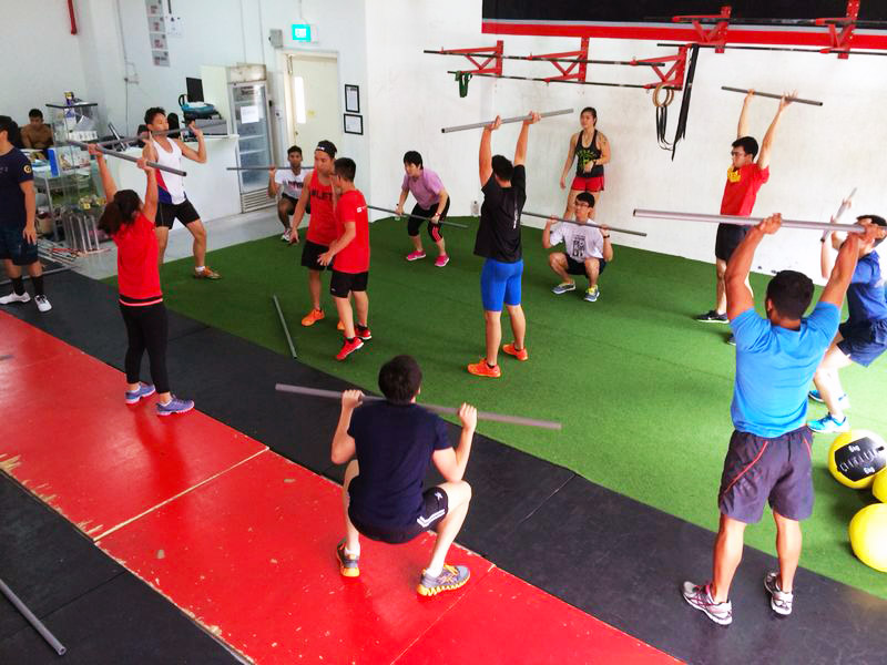 Moving well under the supervision of certified trainers and senior athletes provides participants a safe and encouraging environement