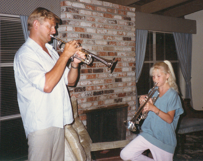 Làrus and Dísella in 1988