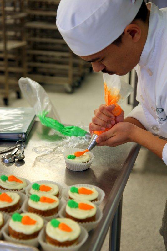 bakeshop.carrot.cupcakes.chris