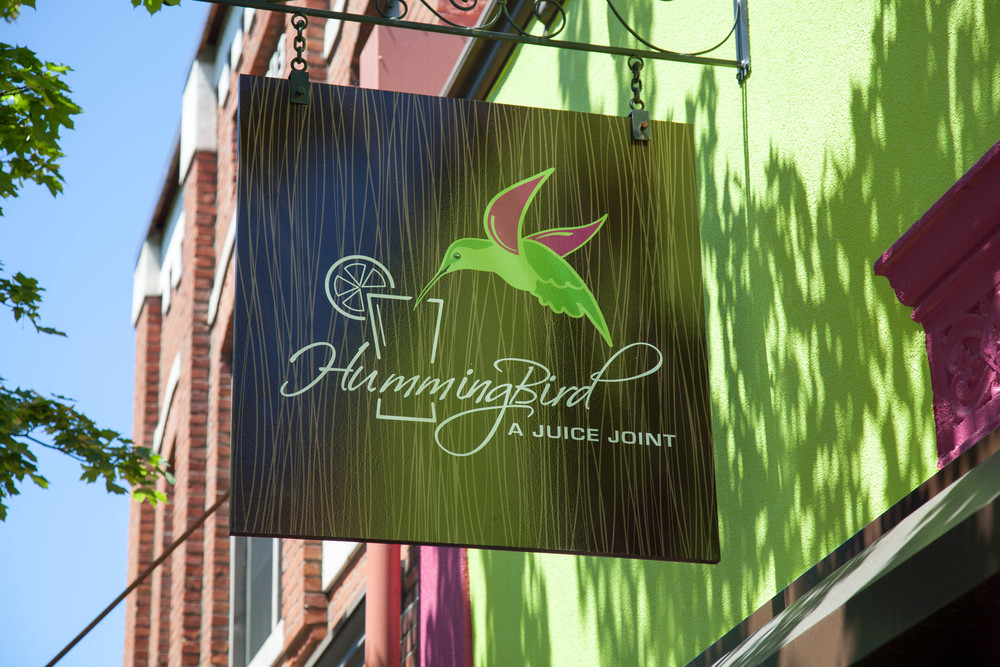 hummingbird sign.jpg
